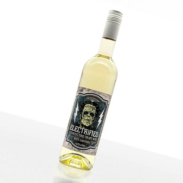 ELECTRIFIED WINE | WHITE LIGHTNING • Weingut Baum